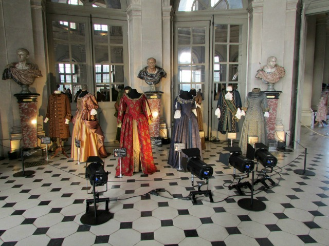 Costumes in the Italian Salon