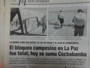 Bloqueo Total en vías de La Paz (FOTO: La Razón, abril del 2000)