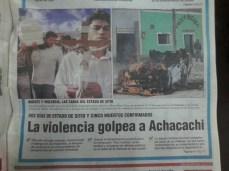 Comunidades se enfrentan al ejército con piedras y palos : 9 de abril del 2000 (La Razón, abril del 2000)