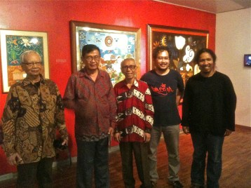 Haryadi Suadi (left) and T Sutanto (centre) with Gallery team