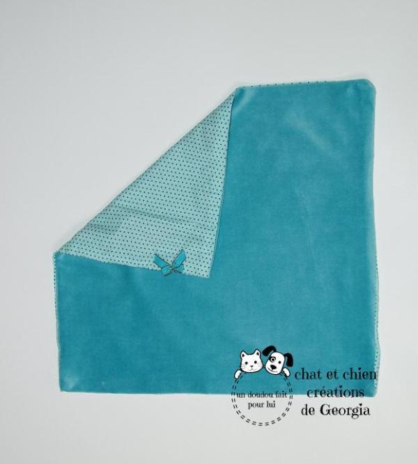 Doudou Pattacrêpe, couleur bleue turquoise, pour chat et chien,créé pour chat et chien par Georgia