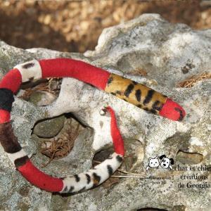 Serpento, jouet pour chat et chien créé par Georgia