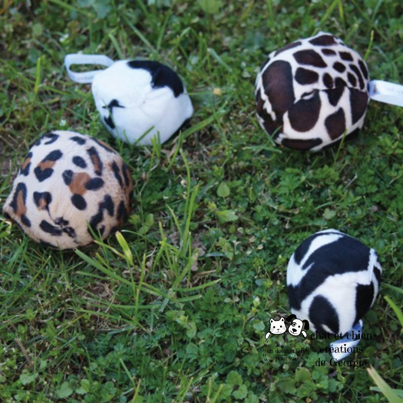 Préhistoballes, jouet créé par Georgia pour chat et chien