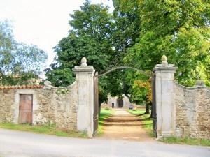 Saconay - La grille du XVIII°