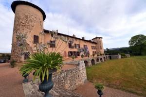 Saconay - vue de la terrasse. Crédit photo le Progrès