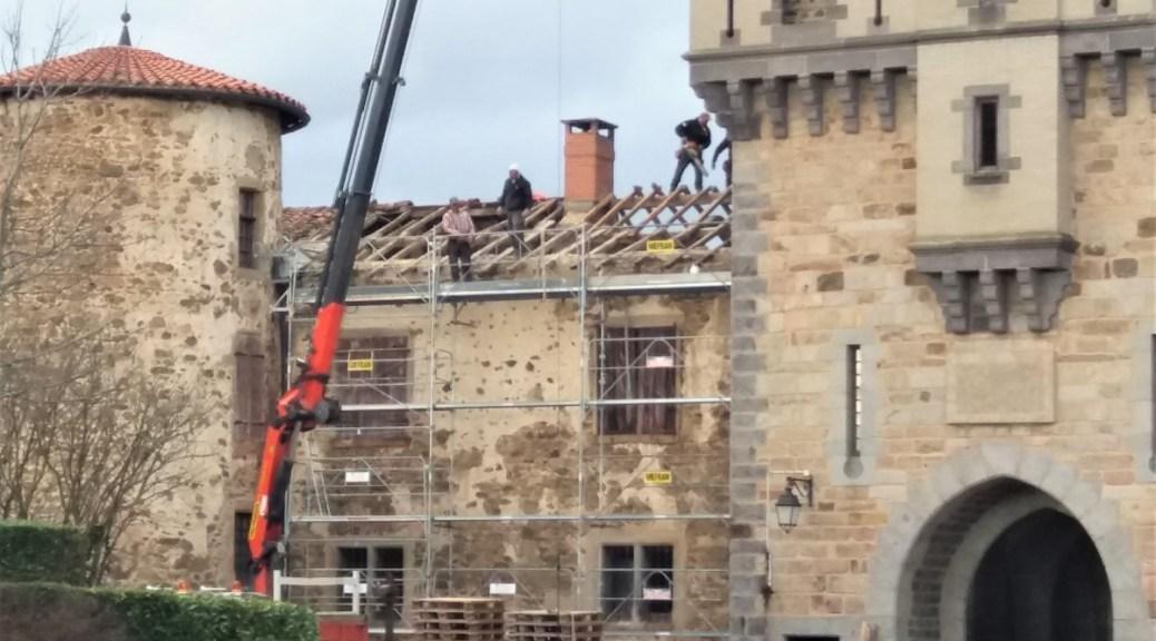 Saconay - Dernière phase des travaux sur les toits 4