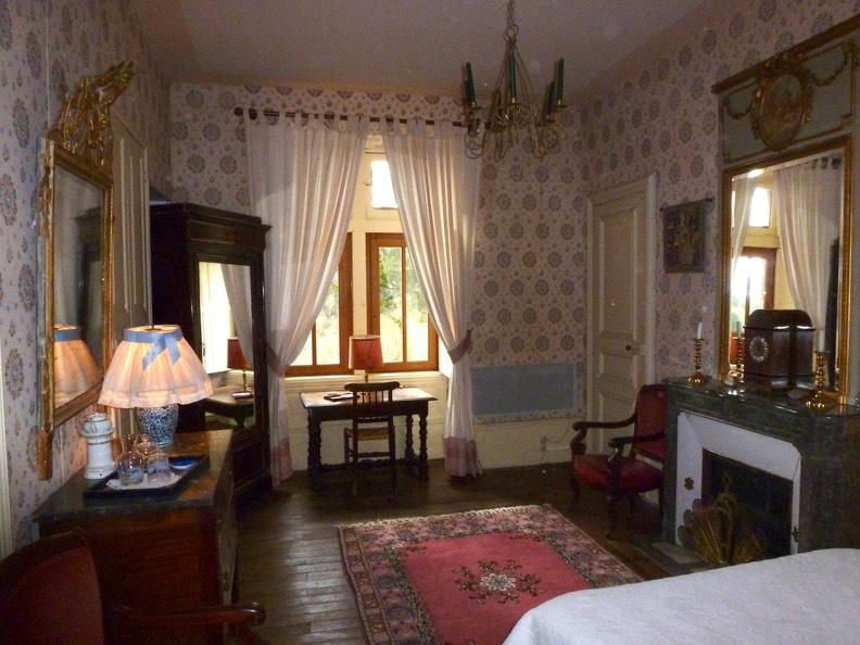 Chambre Clmentine CHATEAU DE VAULX En Auvergne CHAMBRES