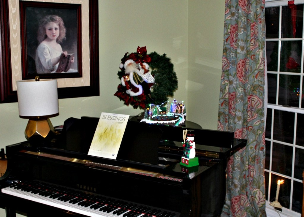 Christmas Piano at www.chathamhillonthelake.com