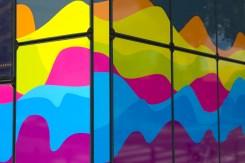 Station de métro colorée