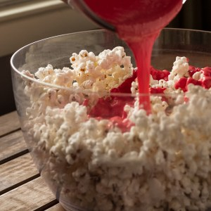 peppermint bark popcorn | chattavore