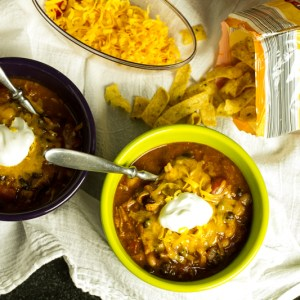 With the flavors of BBQ and chili in one bowl, this BBQ pork chili is a great game-day meal or a quick weeknight meal! | chattavore.com