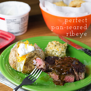 Steaks aren't exactly the easiest thing to cook, but I finally got it right with this perfect pan-seared ribeye. It's great for Valentine's Day, date night, or Tuesday night dinner! | recipe from chattavore.com