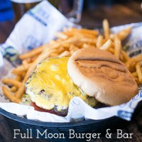Full Moon Chattanooga (American Burger & Bar)
