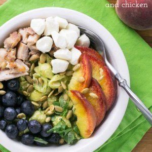 This pasta salad with basil aioli is summery and fresh, with chicken, peaches, and blueberries and a tasty homemade aioli (shortcut included). | recipe from Chattavore.com