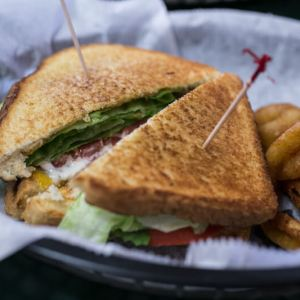 Armando's Chester Frost is a popular spot in Hixson for burgers, fries, and just about every sort of sandwich you can imagine. | restaurant review from Chattavore.com