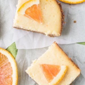 6-ingredient orange cheesecake bars are delicious and sunny and just what you need right now if you are dreaming of warm weather! #cheesecakebars #desserts #springdesserts   Chattavore.com