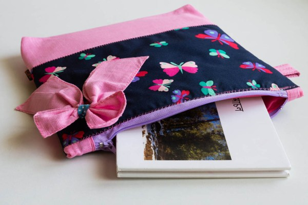 Bow Pouch Pink 3 https://chaturango.com/bow-styled-pouch-pink/
