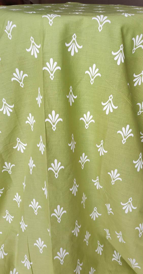 Fabric Cambric Green White 3 https://chaturango.com/printed-cambric-fabric-green-white/
