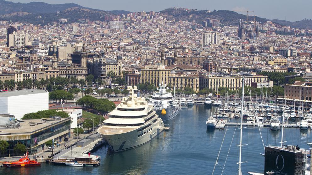 One Ocean Port Vell De Barcelona EXECUTIVE CHAUFFEUR BARCELONA