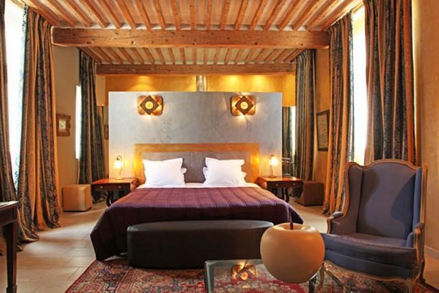 Tête de lit chaux et feuille de cuivre par Chaux Room