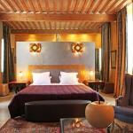tete de lit chaux et feuille de cuivre chaux room
