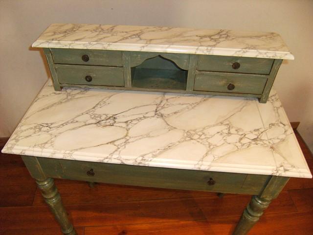 Petit meuble apr s patine et faux marbre blanc par chaux Meuble patine blanc ivoire