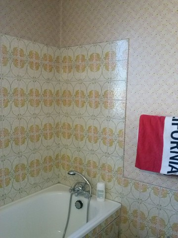 Projet de relooking salle de bain avant chaux room 23