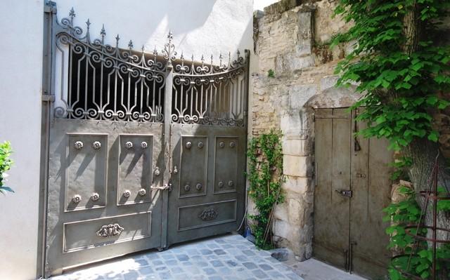 Mise en peinture portaille métallique
