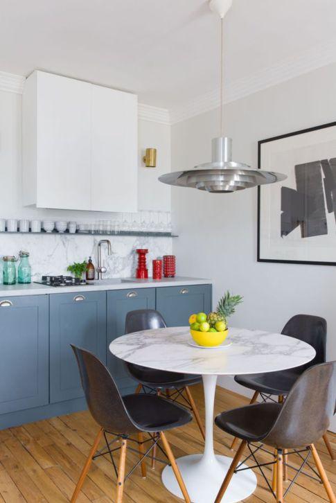 credence-et-table-en-marbre-dans-la-cuisine-salle-a-manger_