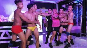 Hijo de Macho Dancer 2021 |  Chicos en las películas [BiM]