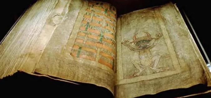 A história oculta do Codex Gigas, o misterioso livro escrito pelo diabo.
