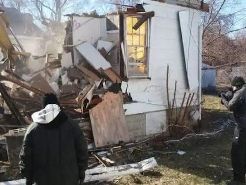 A destruição da casa do demônio