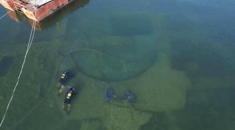 fotos aéreas do lago na cidade de İznik, no norte da Turquia.