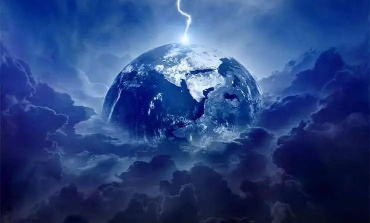 Da energia escura aos raios cósmicos e à singularidade do nosso próprio sistema solar, existem todos os tipos de enigmas cósmicos. E possivelmente um dos mistérios que causa mais confusão à comunidade científica é a matéria escura. Não se pode ver. Não pode sentir e ouvir, e nem cheirar ou provar. Mesmo com o equipamento científico mais sofisticado do mundo, não há prova direta de que a forma hipotética da matéria existe. Mas sua existência não está mais em dúvida, embora ainda haja muitas perguntas a serem respondidas sobre a matéria escura. No entanto, em 2015, a física da Universidade de Harvard, Lisa Randall, ofereceu uma teoria realmente perturbadora, de que a matéria escura realmente matou os dinossauros há 65 milhões de anos. O Dr. Randall e seus colaboradores sugeriram que a matéria escura poderia, em última instância (e indiretamente), ser responsável pela extinção dos dinossauros. Sabe-se que 66 milhões de anos atrás, um grande corpo celeste de pelo menos 10 quilômetros de largura caiu do espaço para a Terra e terminou com os dinossauros, juntamente com três quartos das outras espécies do planeta.