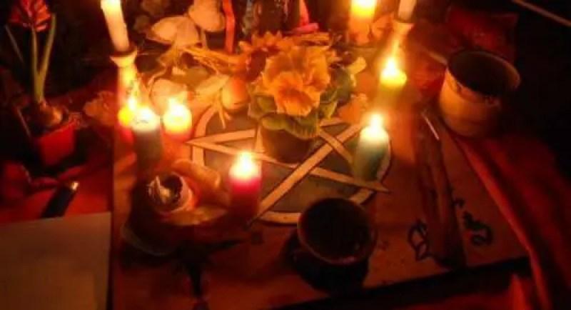 O que fazer se voce descobrir sintomas de magia negra