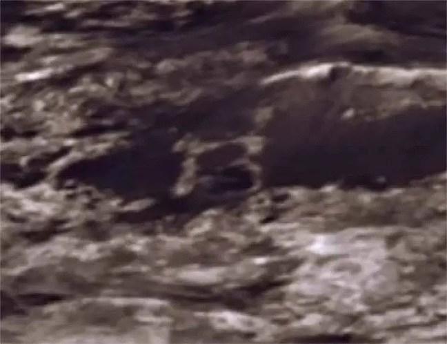 Letra 'B' em uma foto de Marte
