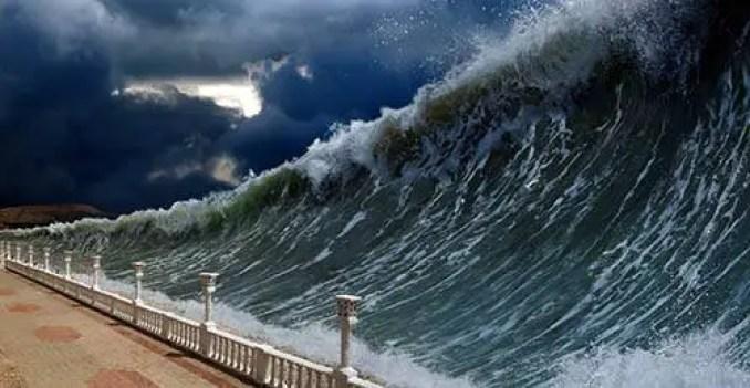 O tsunami causado pela explosão atingiu uma altura de 30 metros