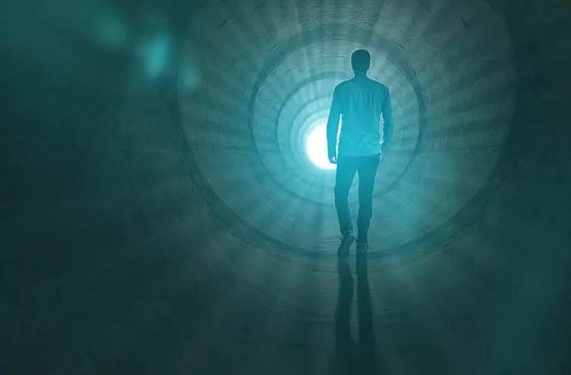A morte não existe, de acordo com a teoria científica baseada na física quântica