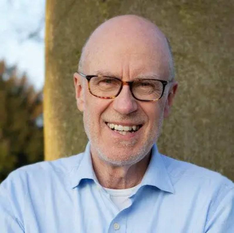 Johnjoe McFadden, professor da Universidade de Surrey