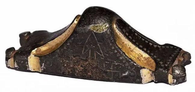 O Punho da espada foi achado em Brighstone.