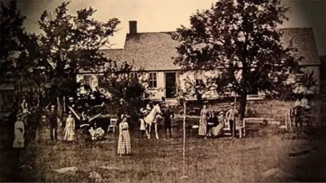 Esses são alguns dos supostos antigos moradores da casa.