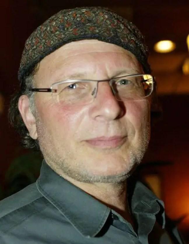 Simcha Jacobovici, cineasta do Canadá.
