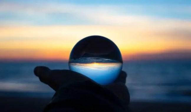 Existem pessoas comuns que rotineiramente superam os especialistas quando se trata de prever o futuro.