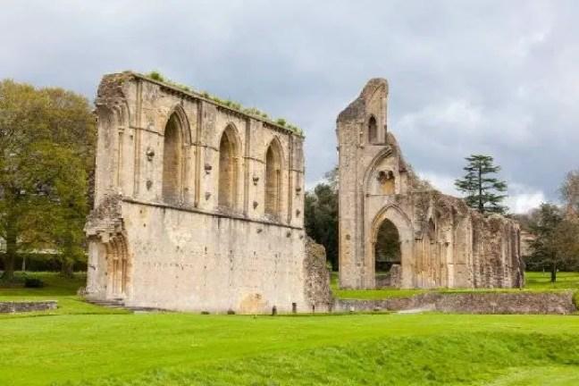 Abadia de Glastonbury.