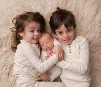 newborn and brothers photo session