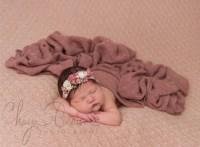 Chaya Braun Photography newborn baby girl