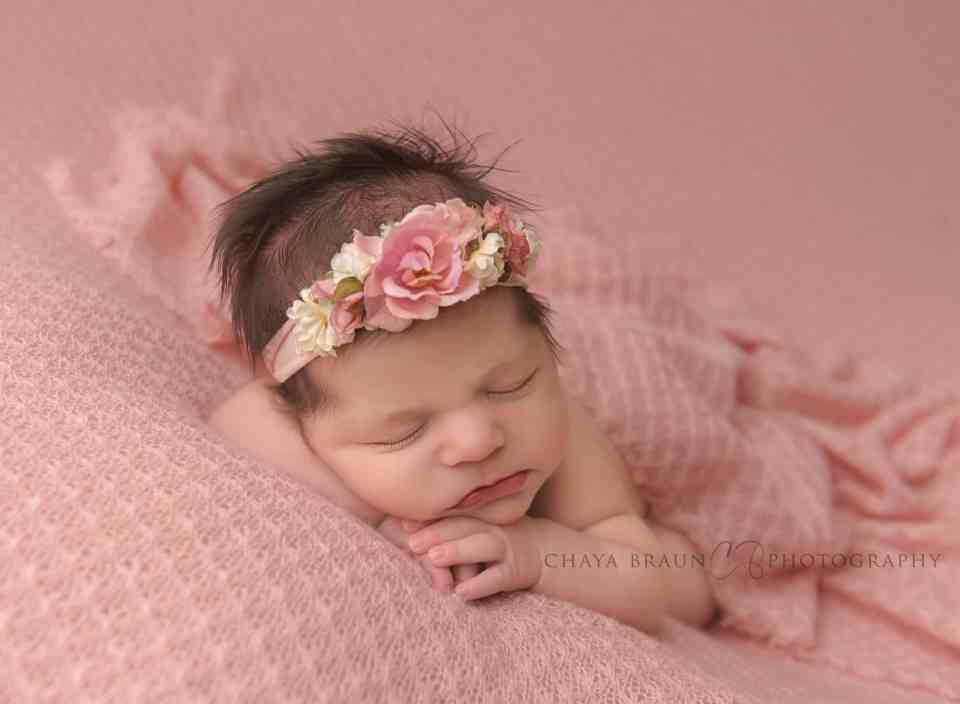 professional newborn baby picture