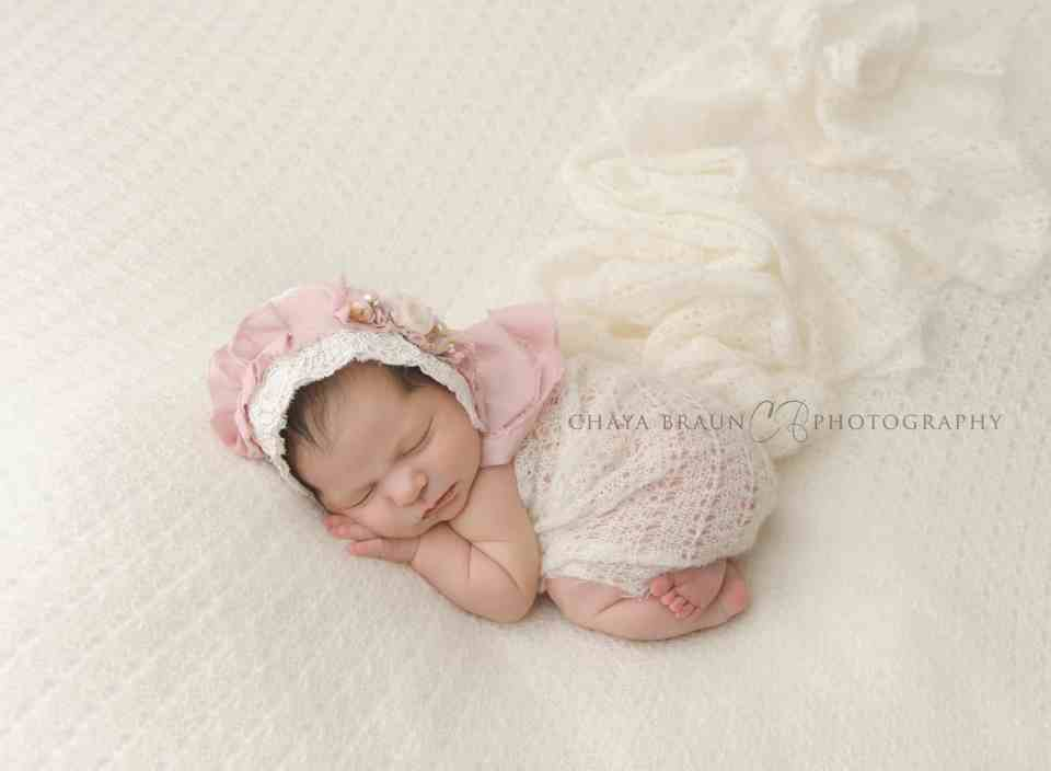 gorgeous newborn baby photo