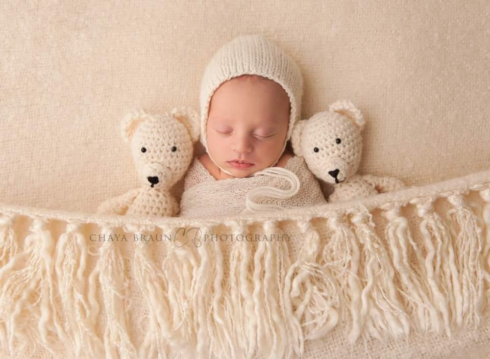 best newborn photographer in Baltimore, Maryland