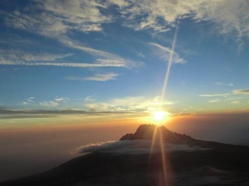 kilimanjaro-574299_1280